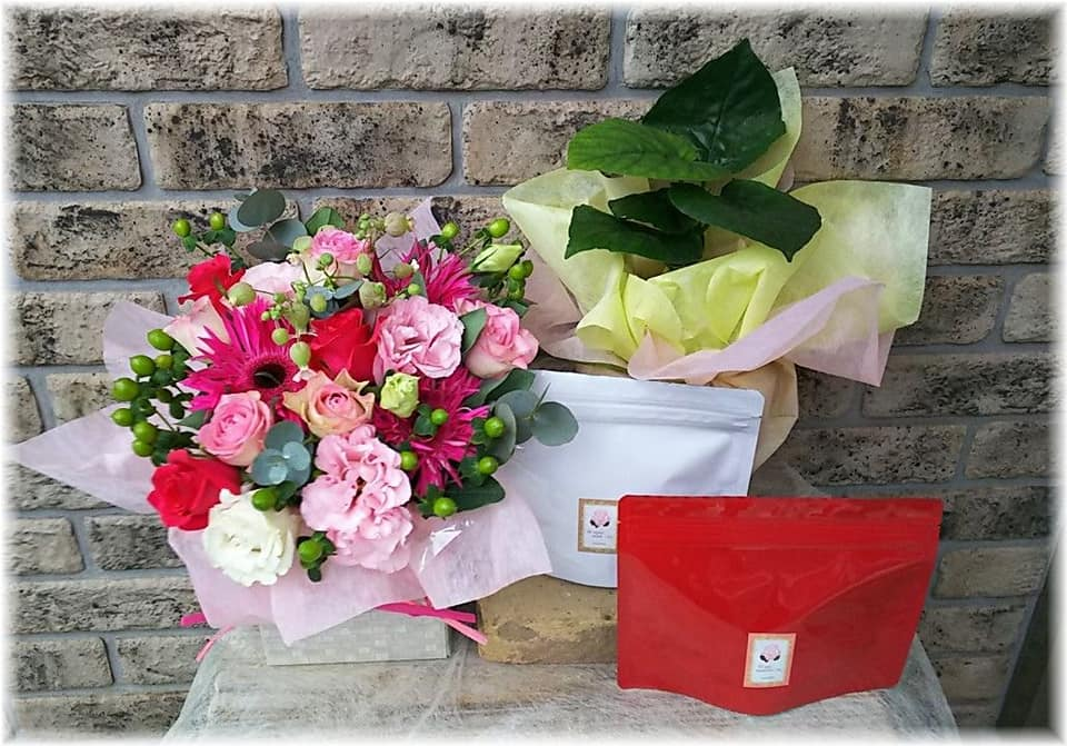 出産祝い花とハーブティー